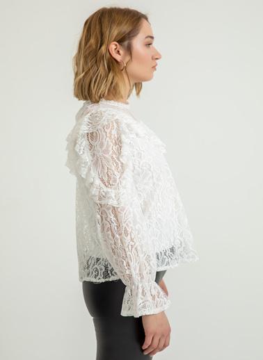 Foremia Bluz Beyaz